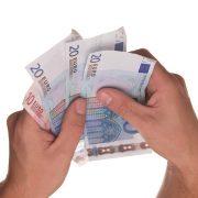 main tenant des euros