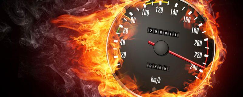 compteur de vitesse en feu