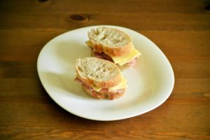 plat simple: sandwich