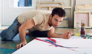 peintre sur sa toile